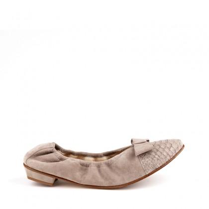 art. Blixen taupe suede and nubuck